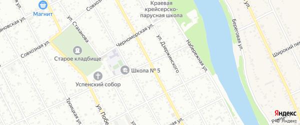 Школьная улица на карте Славянска-на-Кубани с номерами домов