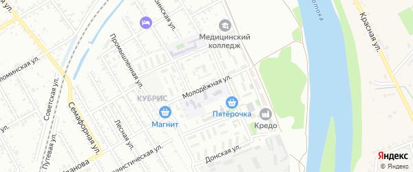 Молодежная улица на карте Славянска-на-Кубани с номерами домов