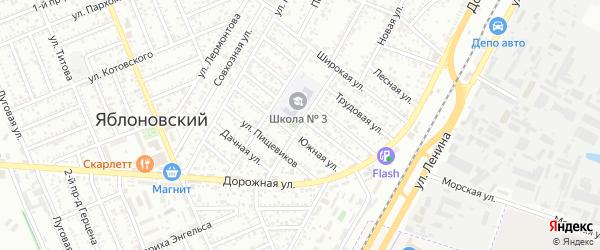 Школьная улица на карте Яблоновского поселка с номерами домов