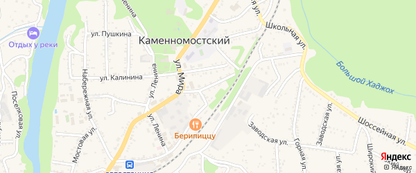 Привокзальный переулок на карте Каменномостского поселка с номерами домов