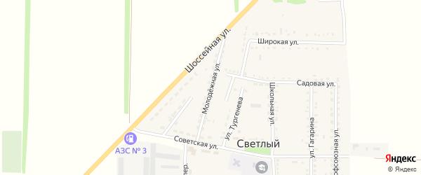 Молодежная улица на карте Светлого поселка Ставропольского края с номерами домов
