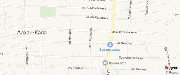 Переулок Жданова на карте села Алхан-Кала с номерами домов