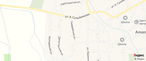 Гвардейская улица на карте села Алхазурово Чечни с номерами домов
