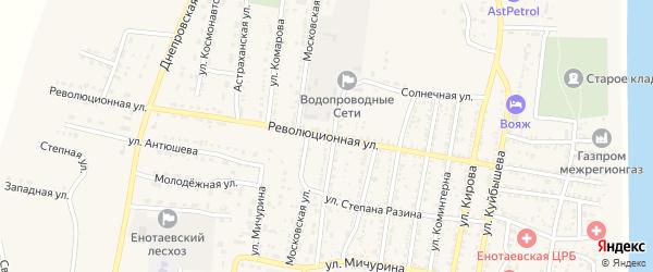 Революционная улица на карте села Енотаевки Астраханской области с номерами домов