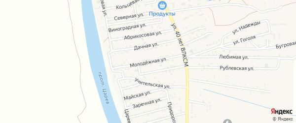Молодежная улица на карте поселка Кирпичного Завода N1 Астраханской области с номерами домов