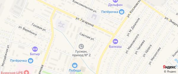 Светлая улица на карте Буинска с номерами домов