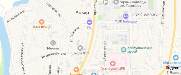 Придорожный переулок на карте села Акъяра с номерами домов