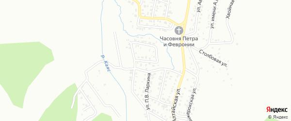 Школьный переулок на карте Горно-Алтайска с номерами домов