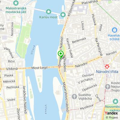 Obchodní společnost Axescard na mapě