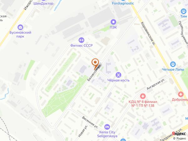 Остановка «Школа», Базовская улица (1007329) (Москва)