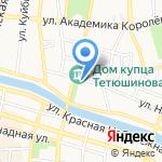 Женщина на карте Астрахани